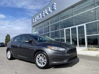 Used 2017 Ford Focus SE hatchback auto démarreur for sale in St-Eustache, QC