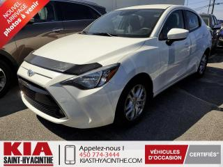 Used 2017 Toyota Yaris Premium ** NAVIGATION / BLUETOOTH for sale in St-Hyacinthe, QC