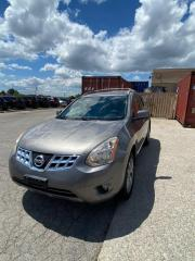Used 2011 Nissan Rogue SV for sale in North York, ON