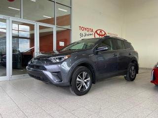Used 2018 Toyota RAV4 * AWD * LE * CAMERA DE RECUL * SIEGES CHAUFFANTS * for sale in Mirabel, QC