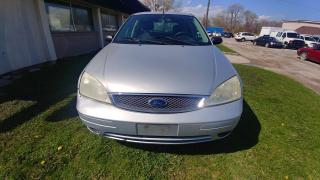 Used 2005 Ford Focus 5dr HB ZX5 S for sale in Windsor, ON