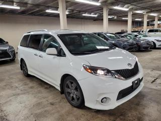 Used 2017 Toyota Sienna SE 8-Passenger V6 for sale in Port Moody, BC