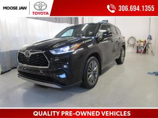 Used 2020 Toyota Highlander LIMITED  for sale in Moose Jaw, SK