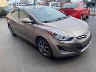 Used 2014 Hyundai Elantra Berline 4 portes, boîte automatique, GL for sale in Pointe-Aux-Trembles, QC