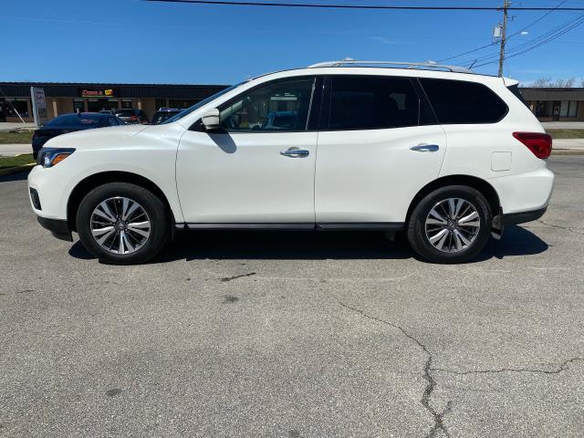 2018 Nissan Pathfinder SV Tech