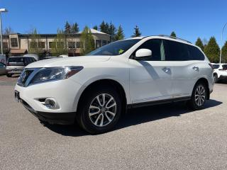 Used 2016 Nissan Pathfinder 4WD 4DR SL for sale in Surrey, BC