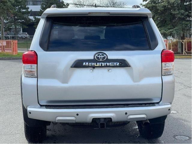 2012 Toyota 4Runner SR5 Leather/Sunroof/7 Passengers/Camera Photo6