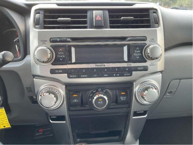 2012 Toyota 4Runner SR5 Leather/Sunroof/7 Passengers/Camera Photo13