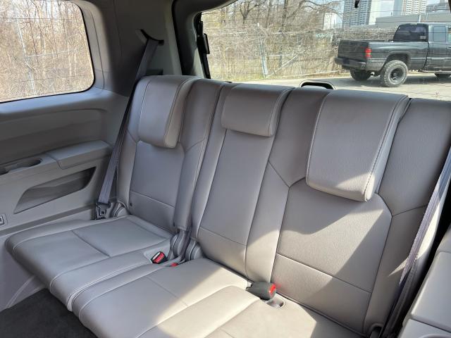 2014 Honda Pilot EX-L Leather/Sunroof/Camera/8 Pass Photo8