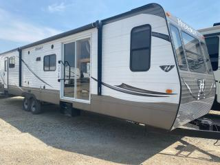 Used 2016 Hideout 175LHS *38FDDS for sale in Tilbury, ON