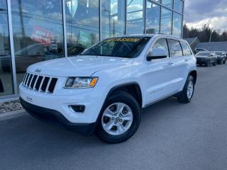 Used 2015 Jeep Grand Cherokee 4 RM 4 portes Laredo for sale in Ste-Agathe-des-Monts, QC
