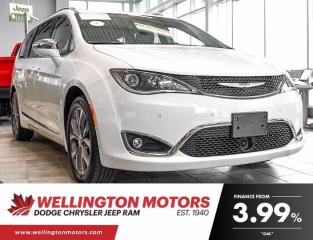Used 2020 Chrysler Pacifica Limited --> Under 10,000 K's --> Navigation !! for sale in Guelph, ON