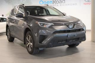 Used 2018 Toyota RAV4 AWD LE for sale in Richmond, BC