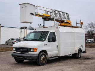 Used 2006 Ford E450 Cutaway Aerial Boom & Bucket Truck for sale in Stouffville, ON