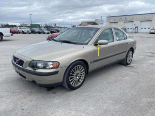 Used 2004 Volvo S60 2.5T for sale in Innisfil, ON