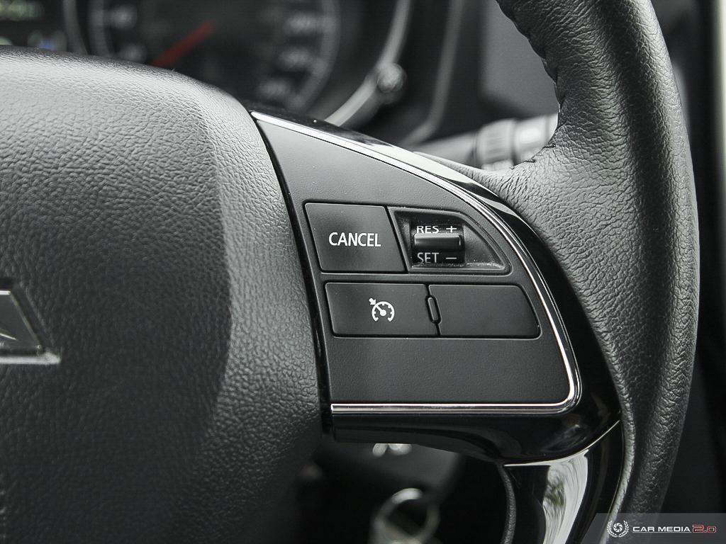 2020 Mitsubishi RVR ES