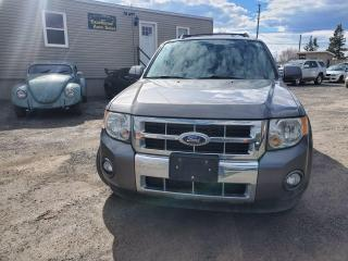 Used 2011 Ford Escape LIMITED 4WD for sale in Stittsville, ON