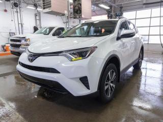 Used 2018 Toyota RAV4 LE AVERT CHANG VOIE CAMÉRA SIÈGES CHAUF *RÉG ADAP* for sale in St-Jérôme, QC