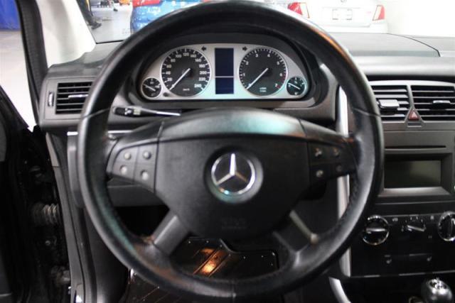 2010 Mercedes-Benz B200