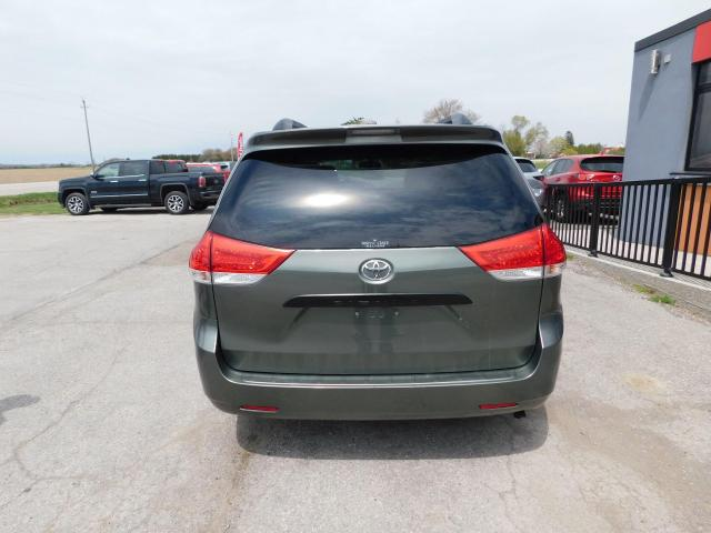 2012 Toyota Sienna | Low Kms | Great Condition