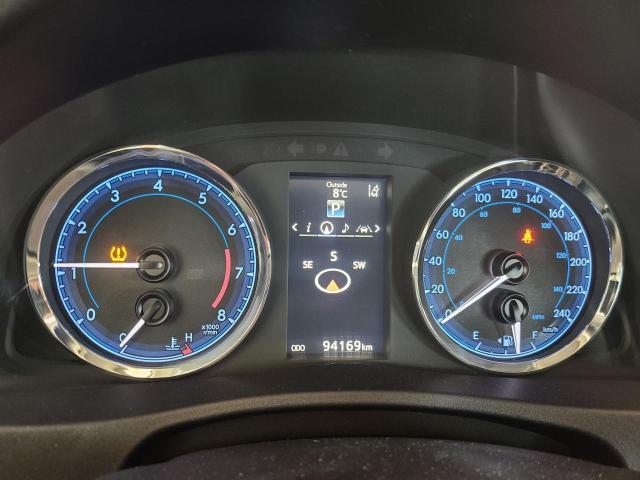2017 Toyota Corolla XSE Photo13