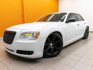 Used 2013 Chrysler 300 300C SIÈGES CHAUFF / VENTILÉS NAV CUIR *TOIT PANO* for sale in Mirabel, QC
