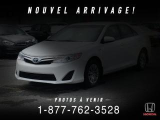 Used 2014 Toyota Camry HYBRID HYBRID + LE + A/C + CAMERA + MAGS + WOW! for sale in St-Basile-le-Grand, QC