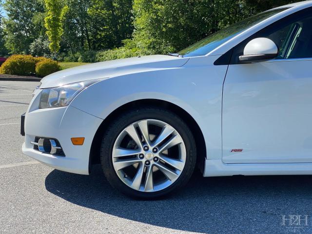 2014 Chevrolet Cruze 2LT Photo1