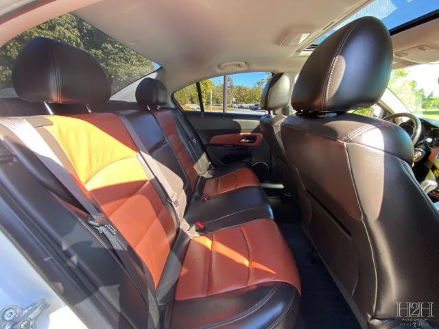 2014 Chevrolet Cruze 2LT Photo9
