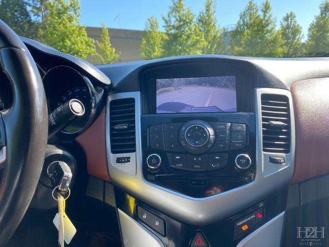2014 Chevrolet Cruze 2LT Photo17