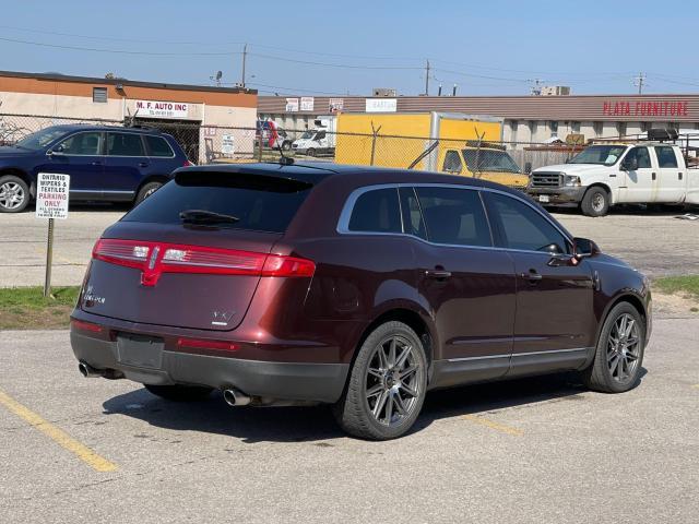 2010 Lincoln MKT LOADED NAVIGATION/REAR CAMERA/DVD/6 PASS Photo5