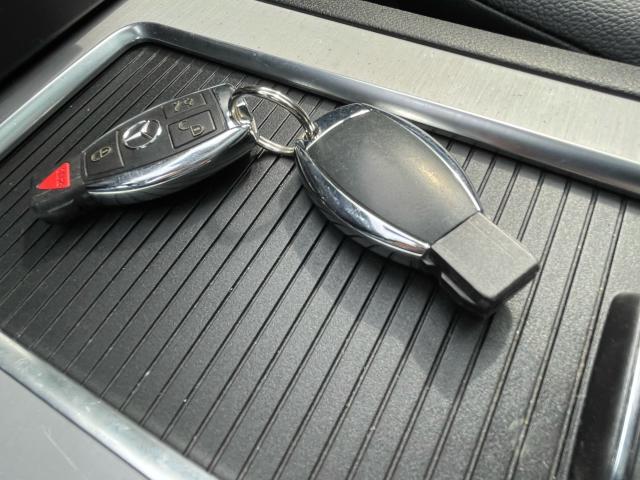2013 Mercedes-Benz GLK350 GLK350 Navigation /Panoramic Sunroof /Leather Photo19