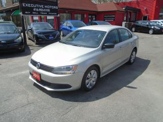 Used 2011 Volkswagen Jetta TRENDLINE / SUPER LOW KM / A/C / HEATED SEATS / for sale in Scarborough, ON