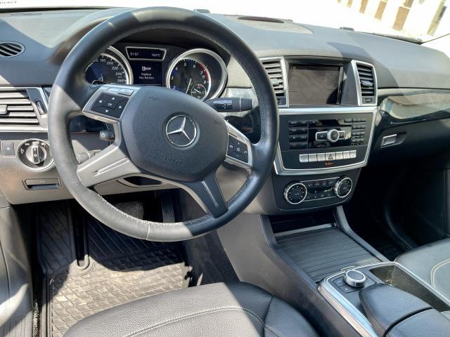 2012 Mercedes-Benz M-Class ML 350 Navigation /Panoramic Sunroof /Gas Photo13