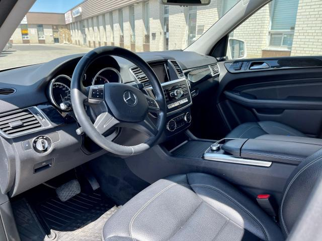 2012 Mercedes-Benz M-Class ML 350 Navigation /Panoramic Sunroof /Gas Photo10