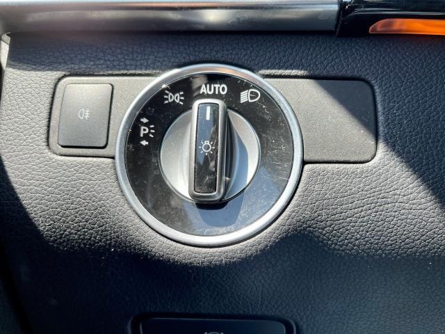 2012 Mercedes-Benz M-Class ML 350 Navigation /Panoramic Sunroof /Gas Photo16