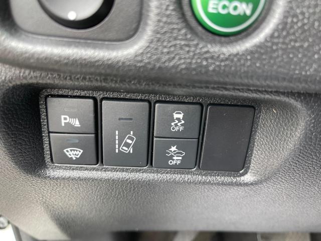 2017 Honda Pilot EX-L AWD Navigation/Sunroof /8 Passenger Photo15