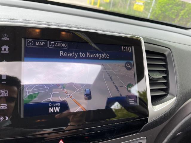 2017 Honda Pilot EX-L AWD Navigation/Sunroof /8 Passenger Photo18