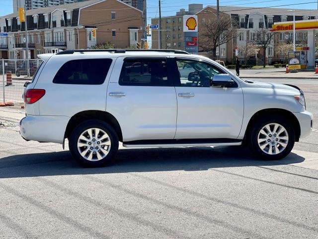 2013 Toyota Sequoia Platinum Navigation /DVD/Sunroof /7Pass Photo4