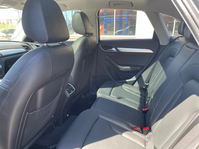 2016 Audi Q3 Progressive Navigation/Panoramic Sunroof /Camera Photo9