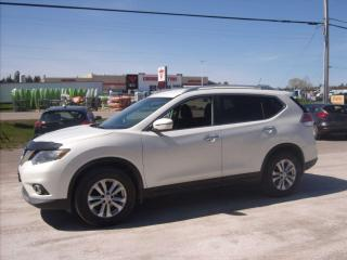 Used 2016 Nissan Rogue SV for sale in Fenelon Falls, ON
