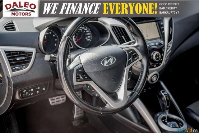 2015 Hyundai Veloster TECH / BACK UP CAM / HEATED SEATS / NAV Photo16