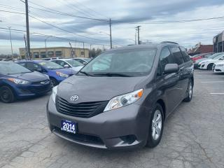 Used 2014 Toyota Sienna LE for sale in Hamilton, ON
