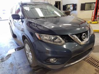 Used 2016 Nissan Rogue SV TECH PACK AWD A/C MAGS TOIT PANO GPS for sale in Île-Perrot, QC