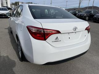 Used 2018 Toyota Corolla LE CVT for sale in Val-David, QC