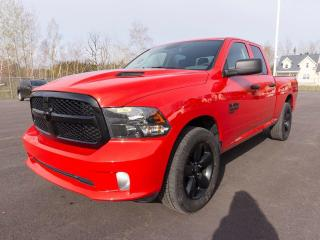 Used 2019 RAM 1500 Classic EXPRESS 4X4 CAMÉRA ANDROID / APPLE *BAS KM* for sale in Mirabel, QC