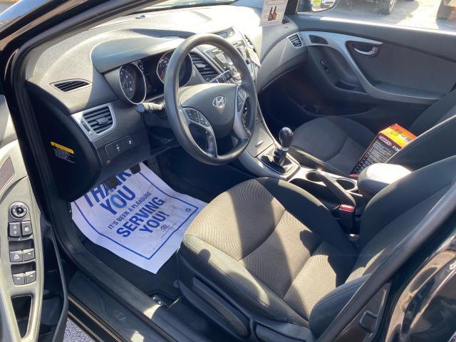 2016 Hyundai Elantra GL MANUAL