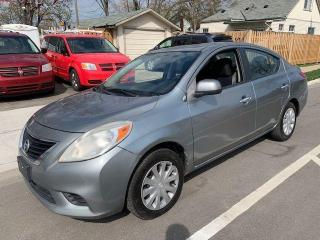 Used 2012 Nissan Versa SV for sale in Hamilton, ON
