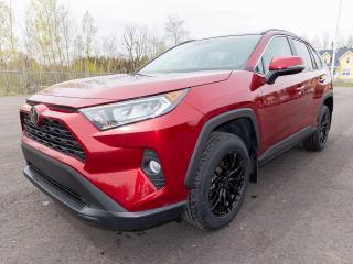 Used 2019 Toyota RAV4 XLE AWD ALERTES RÉG ADAPTATIF TOIT CUIR *BAS KM* for sale in St-Jérôme, QC