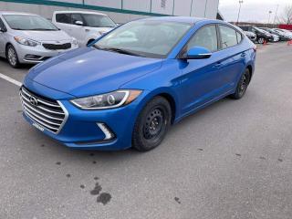 Used 2017 Hyundai Elantra ** GL * VOLANT CHAUFFANT * APPLE CARPLAY for sale in Québec, QC
